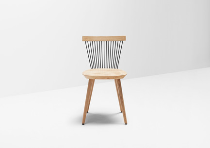 Press kit | 1539-03 - Press release | WW Chair - H Furniture Ltd. - Industrial Design - WW Chair <br>Wood: oak - Photo credit: Peter Guenzel