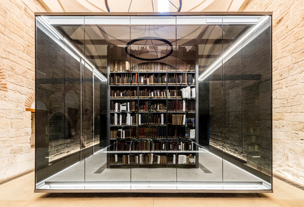 "Dossier de presse | 1124-10 - Communiqué de presse | WIN Awards - Public Spaces + Residential Categories Shortlists Announced - World Interiors News - Competition - WIN Awards 2016 - Public Sector Category: Beyazıt State Library by Tabanlioglu Architects (Istanbul, Turkey)<br><br>Beyazıt State Library is the oldest and the largest library in İstanbul, founded in 1884 as the ""Kütüphane-i Umumi-i Osmani"". The Library can be found in Beyazıt Square adjacent to Beyazıt Mosque built by Sultan Beyazıt II and completed in 1506. Beyazıt Square is today the most vibrant space in the old part of the city. The restoration of the State Library has involved the sensitive reorganization of the interior and careful restoration of the building fabric with its prominent multi-domed roof. A modest extension, respectful of the scale of the existing building has been added to the northeast façade of the existing Library.<br><br>'The architect's hand is very light; it feels quite egoless architecturally.' TW <br><br>'The architects have shown great restraint by enhancing the fantastic context of the building itself. They have overcome significant political and technical challenges to reach the end result. The lighting and some of the interior furniture and benches were particularly carefully considered and successful.' JG <br><br>'Fantastic adaptive reuse with contemporary installations highlighting the aesthetics of a heritage framework. Elegant, minimalistic and beautifully realised. The lighting design is truly commendable.' SJ<br> - Crédit photo : Tabanlioglu Architects"