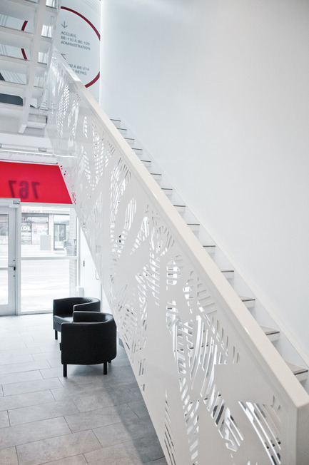Press kit | 2064-01 - Press release | Applying art to education at Cégep Marie-Victorin - Cégep Marie-Victorin - Commercial Interior Design - Staircase Bélanger building - Photo credit: Emilie Summermatter