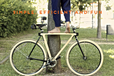 Press kit | 1091-01 - Press release | WOOD.b Handmade Wooden Bike - BSG BIKES - Product - Photo credit: by spielplatz. 2013