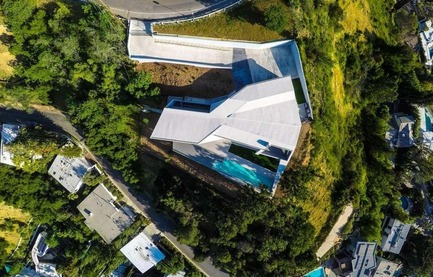 Press kit | 2244-01 - Press release | MU77 Receives 2016 AIA|LA Design Award - Arshia Architects, ltd - Residential Architecture - MU77-AERIAL - Photo credit: JESSICA SAZO