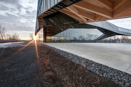 "Press kit | 2206-01 - Press release | ""Stade de soccer de Montréal"" Awarded at AAP American Architecture Prize 2016 - Saucier + Perrotte architectes / Hcma - Institutional Architecture -  View on exterior multifunctional space  - Photo credit: Olivier Blouin"
