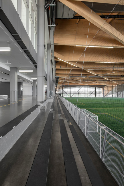 "Press kit | 2206-01 - Press release | ""Stade de soccer de Montréal"" Awarded at AAP American Architecture Prize 2016 - Saucier + Perrotte architectes / Hcma - Institutional Architecture - View from the stands on the interior field - Photo credit: Olivier Blouin"
