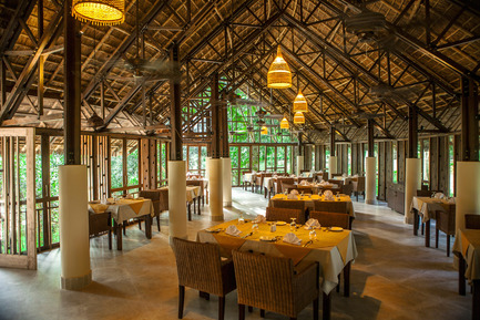 Press kit | 2249-01 - Press release | Dusai Resort & Spa - VITTI Sthapati Brindo Ltd. - Residential Architecture - Tea Valley Restaurant interior - Photo credit: Ahsanul Haque Rubel