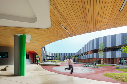Press kit | 2259-01 - Press release | The Infinity Centre, Penleigh and Essendon Grammar Senior School - McBride Charles Ryan - Institutional Architecture - Internal Courtyard - Photo credit: John Gollings