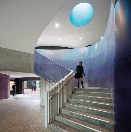 Press kit | 2259-01 - Press release | The Infinity Centre, Penleigh and Essendon Grammar Senior School - McBride Charles Ryan - Institutional Architecture - Main Spiral Staircase - Photo credit: John Gollings