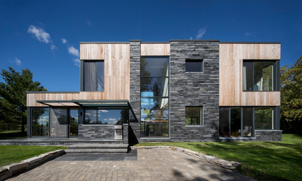 Press kit | 1641-01 - Press release | Hemmingford House - SIMARD architecture - Residential Architecture - Photo credit: Stéphane Brügger