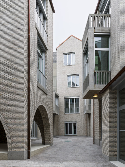 Press kit | 2295-01 - Press release | Jazz Campus - Buol&Zünd - Institutional Architecture - courtyard - Photo credit:  Georg Aerni