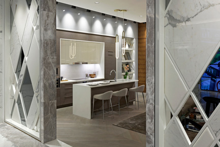 Press kit | 2066-05 - Press release | II BY IV DESIGN Win Show Flats and Development Award at SBID Awards 2016 - II BY IV DESIGN - Competition - The Residences of 488 University Avenue_Marketing Centre_Kitchen Vignette (A) - Photo credit: David Whittaker