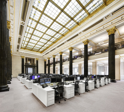 Press kit | 769-02 - Press release | The National Bank Unveils its New Montreal Trading Floor - Architecture49 - Commercial Architecture - National Bank trading floor in Montreal - Photo credit: Stéphane Brügger