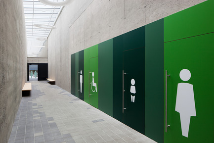 Press kit | 2274-01 - Press release | Shopping Nord Graz - BEHF Corporate Architects - Commercial Architecture - Toilets for customers - Photo credit: Markus Kaiser