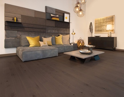 Press kit | 1639-06 - Press release | Spotlight on New Colours, Character and Lengths for 2017 at Mirage Floors - Mirage Hardwood Floors - Product - Maple Nightfall, Light Character, Flair Collection - Photo credit: Mirage Hardwood Floors