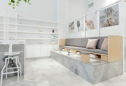 Press kit | 1332-02 - Press release | Montreal's Leading Destination for Nail Art, Le Manoir, Receives a Brand-New Look - Tuxedo - Commercial Interior Design - Photo credit: Maxime Brouillet