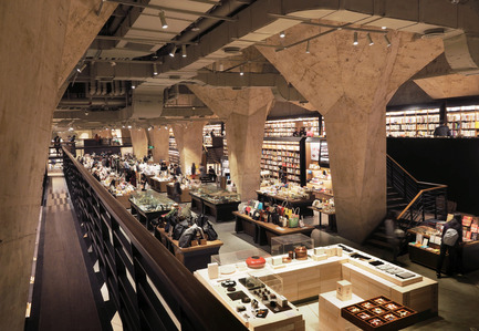 "Press kit | 1124-13 - Press release | World Interiors News Awards Ceremony 2016 - World Interiors News - Commercial Interior Design -  WINNER: RETAIL INTERIORS (GREATER THAN 200 SQUARE METRES)<br>Fangsuo Bookstore in Chengdu by Chu Chih Kang Space Design<br><br>Chu Chih Kang's initial proposal was centered around ""The Secret Scripture Library"". Scripture libraries have been found either in or under Buddhist temples for centuries and have an extended meaning of stored wisdom in Mandarin Chinese. The team found significant historical connections to the site, such as links to Daci Temple and one of the most famous monks in Buddhism - Xuan Zang of the Tang dynasty.<br><br>JUDGES' COMMENT<br>'Fangsuo is designed to be a bookstore, but they have actually called it a cathedral ""carrying wisdom, culture and attitude"". That's a high aim, and yet they've managed to pull it off. It has this exciting feel about it that makes you want to explore and discover all the different floors.'  - Photo credit: Chu Chih Kang Space Design"