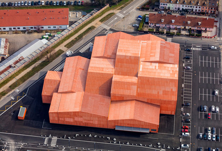 Dossier de presse | 2276-03 - Communiqué de presse | ArchiDesignclub Awards 2017 - ArchiDesignclub / Muuuz - Architecture institutionnelle - Lauréat dans la catégorie Salles de spectacles : Le Forum, Saint-Louis (68) - Manuelle Gautrand Architecture - Crédit photo : Luc Boegly