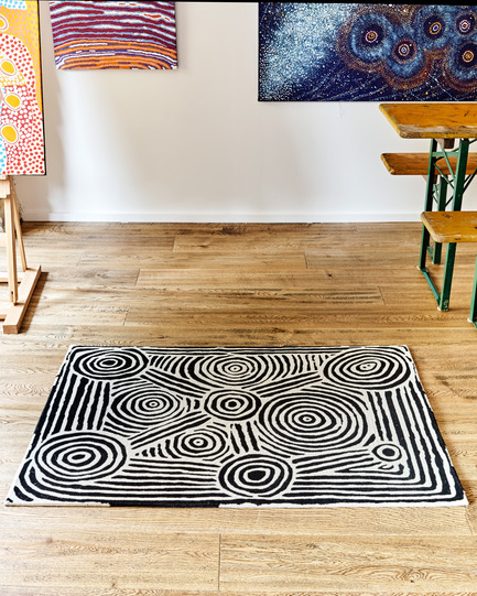 Press kit | 2399-01 - Press release | My Country: Design With Origin - Bay Gallery Home - Industrial Design - Bay Gallery Home, My Country Mina Mina Dreaming 100% Goodweave rug, in situ. Made from an original Australian Aboriginal artwork. - Photo credit: Bay Gallery Home