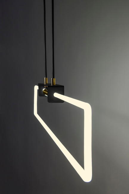 Press kit | 2375-01 - Press release | D'Armes Luminaires Exhibit at SBODIO32 During Milan Design Week - d'Armes Luminaires - Lighting Design - RA Pendant - Photo credit: Jean-Sébastien Senécal