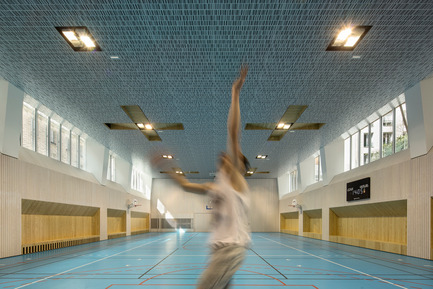 Press kit | 2388-01 - Press release | LESS - Urban amplifier - AAVP ARCHITECTURE - Residential Architecture -  Gymnasium  - Photo credit: © Luc Boegly