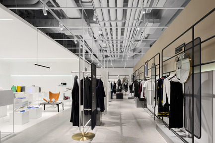 Press kit | 2264-02 - Press release | Magmode of Hangzhou Kerry Center Store - RIGI Design - Commercial Interior Design - Aisle - Photo credit: Photography: Shao Feng