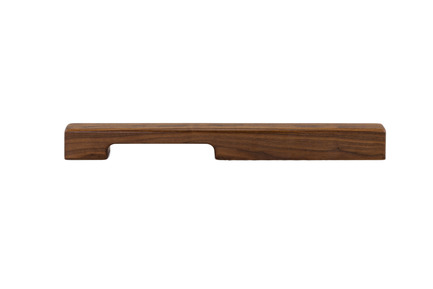 Press kit | 2479-01 - Press release | Introducing TIRAR - TIRAR - Product - TIRAR door pull 600mm American Walnut - Photo credit: TIRAR