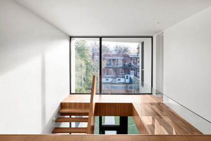Press kit | 1633-03 - Press release | 1st Avenue Residence - Architecture Microclimat - Residential Architecture - 2nd floor workspace - Photo credit: Adrien Williams