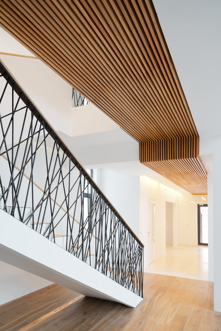 Press kit | 2247-02 - Press release | A Constructive Approach - Monoloko design - Residential Interior Design - Stairs - Photo credit: Ilya Ivanov