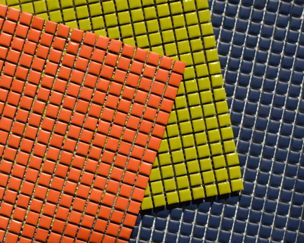 Press kit | 846-07 - Press release | Ceragres' colours are shining through ! - Ceragres - Product - Série MANO - Navy Mat, Orange mat, Lime glassRavivez votre mur avec cette mosaïque artisanale et ses 12 choix de couleurs. Disponible en format 0,5'' x 0,5'', fini matt ou gloss.MANO Series - Navy Mat, Orange mat, Lime glassInvigorate your wall with this handcrafted mosaics in a choice of 12 colours. Available in a 0.5'' x 0.5'' size, matte or glossy finish. - Photo credit: Céragrès