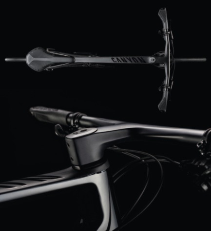 Press kit | 1696-17 - Press release | Top Honour for First-Class Achievement – Canyon is Red Dot: Design Team of the Year 2017 - Red Dot Award - Competition - The Fitness Bike Roadlite CF<br> - Photo credit: Red Dot<br>