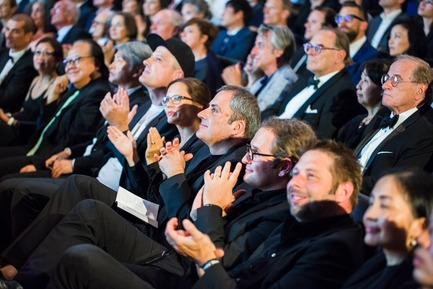 Press kit | 1696-18 - Press release | Red Dot Gala 2017: The Best Designers and Manufacturers of the Year Were Recognised - Red Dot Award - Competition - The audience of the Red Dot Gala: 1,200 guests from all around the world - Photo credit: Red Dot<br>