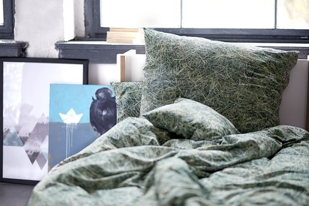 Press kit | 2502-01 - Press release | Augmented Reality Bed Sheets - Hayka - Product - Hay bedding - Photo credit: Piotr Miazga