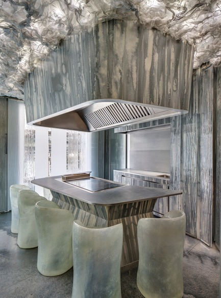 Press kit | 1328-01 - Press release | An Air of Mystery –This is ENIGMA - Neolith® by TheSize - Commercial Interior Design - ENIGMA restaurant, Barcelona, Spain - Photo credit: Neolith® by TheSize