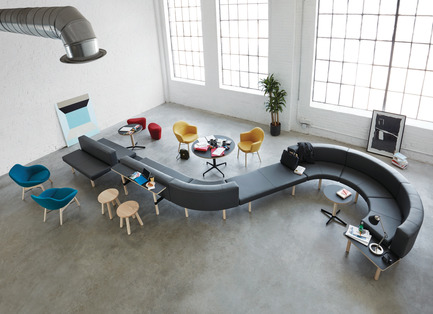 Press kit | 809-21 - Press release | AZURE Reveals the Winners of the 2017 AZ Awards - AZURE - Competition - Hangout Collection designed by EOOS, Vienna, Austria<br>Manufacturer: Keilhauer, Toronto, Canada<br>Best Furniture System - 2017 AZ Awards - Photo credit: AZURE