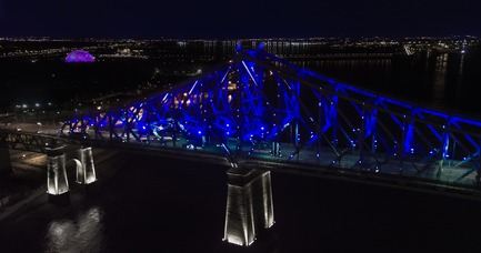 Dossier de presse | 1089-02 - Communiqué de presse | Illumination of the Jacques-Cartier Bridge | Creating the World's Most Connected Bridge - Moment Factory - Multimedia Design - Jacques Cartier Bridge Interactive Illumination_Living Connections - Crédit photo : Moment Factory