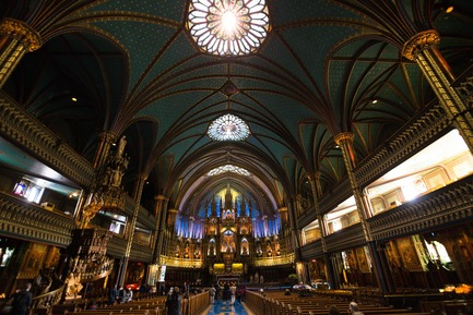 Press kit | 1089-03 - Press release | AURA Creates Awe-Inspiring Experience in the Heart of a Celebrated Historic Cathedral - Moment Factory - Multimedia Design -  Aura_The_Notre-Dame_Basilica  - Photo credit: Moment Factory