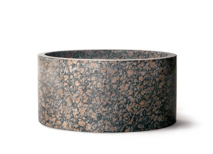 "Press kit | 990-05 - Press release | Out with Marble: KAYIWA Proves That Granite Has Always Been ""In"" - KAYIWA - Product - EDOUARD Flower Pot - Viitasaari Red - Photo credit: KAYIWA"