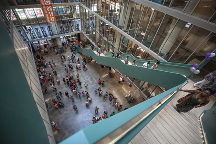 Press kit | 2073-11 - Press release | Sears Department Store that Sat Derelict for Decades Is Reborn as Mixed-Use 'Vertical Village' - DIALOG - Commercial Architecture - Sears Crosstown is reborn as Crosstown Concourse - Photo credit: Jamie Harmon