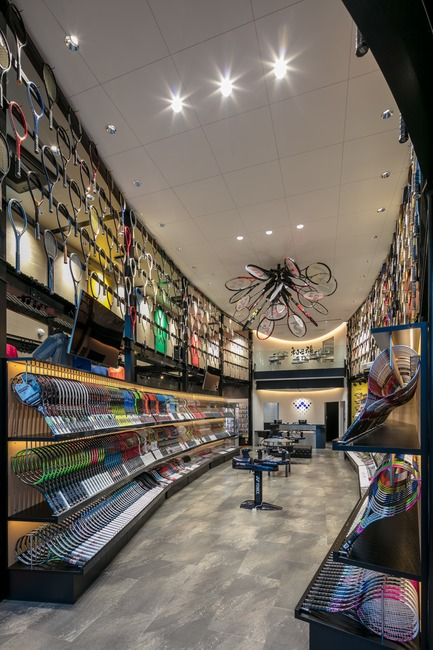 Press kit | 3003-01 - Press release | WADA Sports, Flagship Store - Matsuya Art Works / KTX archiLAB - Commercial Interior Design - General view of the interior 2<br> - Photo credit: Stirling Elmendorf