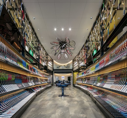 Press kit | 3003-01 - Press release | WADA Sports, Flagship Store - Matsuya Art Works / KTX archiLAB - Commercial Interior Design - General view of the interior<br> - Photo credit: Stirling Elmendorf