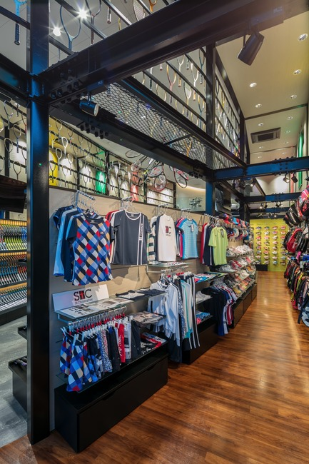 Press kit | 3003-01 - Press release | WADA Sports, Flagship Store - Matsuya Art Works / KTX archiLAB - Commercial Interior Design - Sport clothes and accessories are displayed out of the ellipse.<br> - Photo credit: Stirling Elmendorf