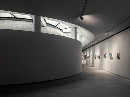 Press kit | 3044-01 - Press release | Sanbaopeng Art Museum - DL Atelier - Institutional Architecture - exhibition room underground - Photo credit: Haiting Sun