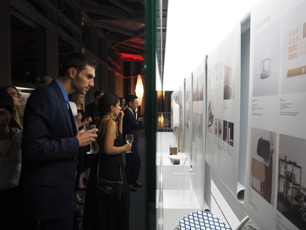 Dossier de presse | 2188-02 - Communiqué de presse | Red Dot Award: Design Concept 2017 Results - Red Dot Award - Industrial Design - Designers viewing the newly opened Red Dot Design Museum Singapore - Crédit photo : Red Dot Award: Design Concept