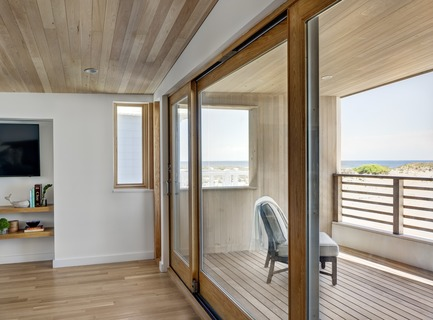 Press kit | 2875-03 - Press release | Surfboard House - BFDO Architects - Residential Architecture - Photo credit: Francis Dzikowski/OTTO