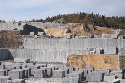 Press kit | 1617-07 - Press release | Polycor Inc.: 30th Anniversary of the Largest Producer of Natural Stone in North America - Polycor Inc. - Product - Carrière Riveierea Pierre - Photo credit: Polycor Inc.