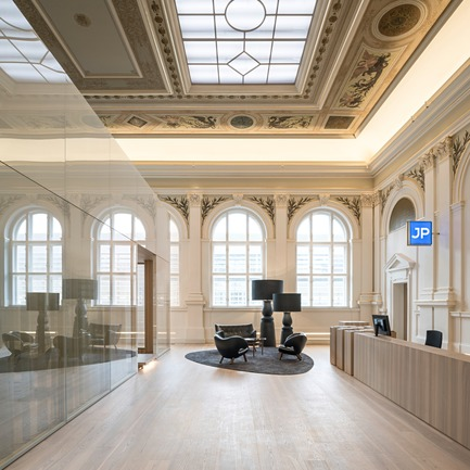 Press kit | 2274-02 - Press release | Telegraf 7 - BEHF Architects - Commercial Architecture -    Historical hall with reception  <br><br>   - Photo credit: Hertha Hurnaus