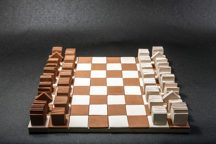 Press kit | 2350-02 - Press release | Elena Vandelli Ηandcrafted Design - Elena Vandelli, Architect and Designer - Fashion Design - Ceramic Chess, board and pieces, overview<br> - Photo credit: @ George Messaritakis