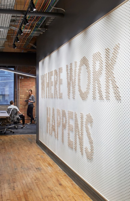 Dossier de presse | 1513-01 - Communiqué de presse | Slack Toronto Office - Dubbeldam Architecture + Design - Commercial Interior Design - Crédit photo : Shai Gil