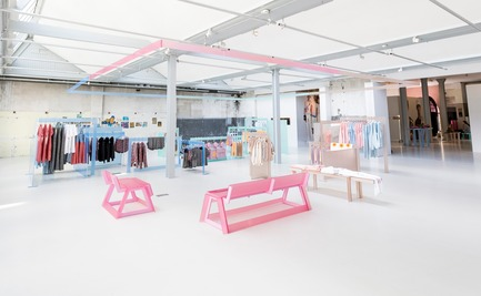 Press kit | 3160-02 - Press release | Frame Awards 2018 Winners Announced In Amsterdam - Frame - Commercial Interior Design -                            Noman Studio - Jury Prize for Pop-up Store of the Year -                                                       Esprit x Opening Ceremony, Amsterdam                                                <br> - Photo credit: Team Peter Stigter<br>
