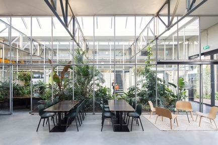 Press kit | 3160-02 - Press release | Frame Awards 2018 Winners Announced In Amsterdam - Frame - Commercial Interior Design - Space Encounters - Jury Prize for                                                 Emerging Designer of the Year<br> - Photo credit: Joolz Headquarters, Amsterdam