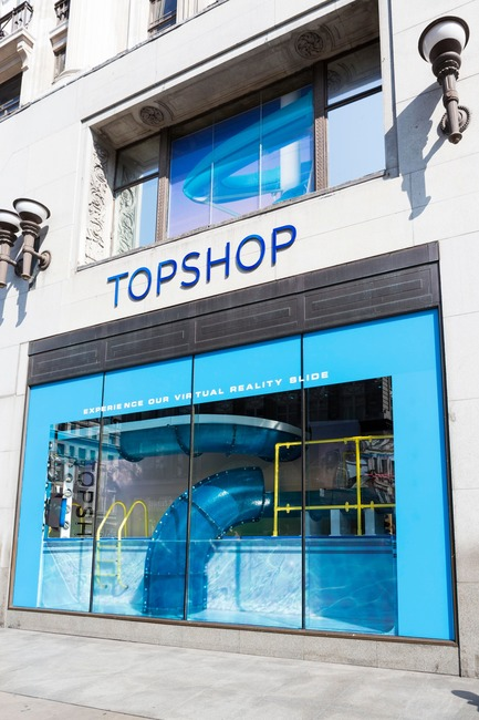Press kit | 3220-01 - Press release | Topshop Splash! - YourStudio - Commercial Interior Design - Topshop Splash experience window view from Oxford Street London - Photo credit:  Topshop