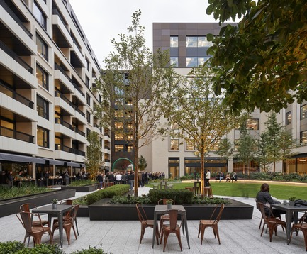 Press kit | 2317-01 - Press release | A New Oasis Off London's Oxford Street - Make Architects - Residential Architecture - Retail and restaurants spill onto the square - Photo credit: Edmund Sumner